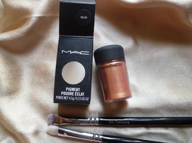 MAC Pigment in Melon