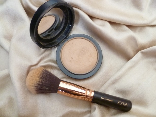 MAC Mineralise Skin Finish in Medium Plus