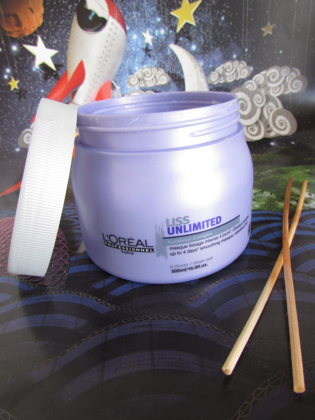 L'Oreal Serie Expert Liss Unlimited Hair Mask