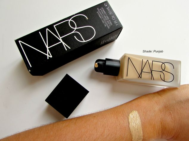 Nars Luminous Weightless Foundation: Punjab