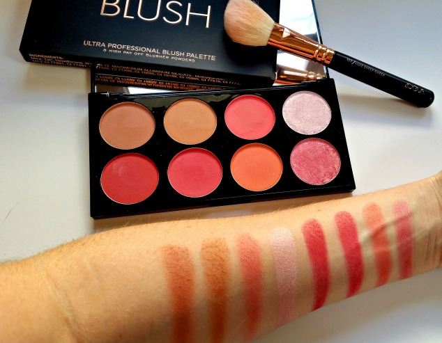 Make Up Revolution Blush Palette in Sugar & Spice